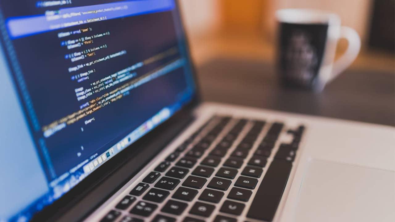 Lignes de codes sur un ordinateur
