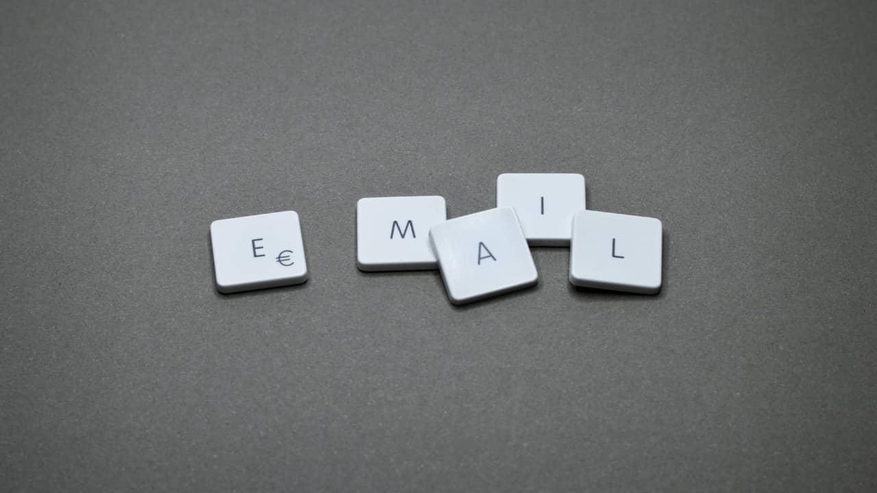 Comment créer une adresse email professionnelle en 5 minutes ?